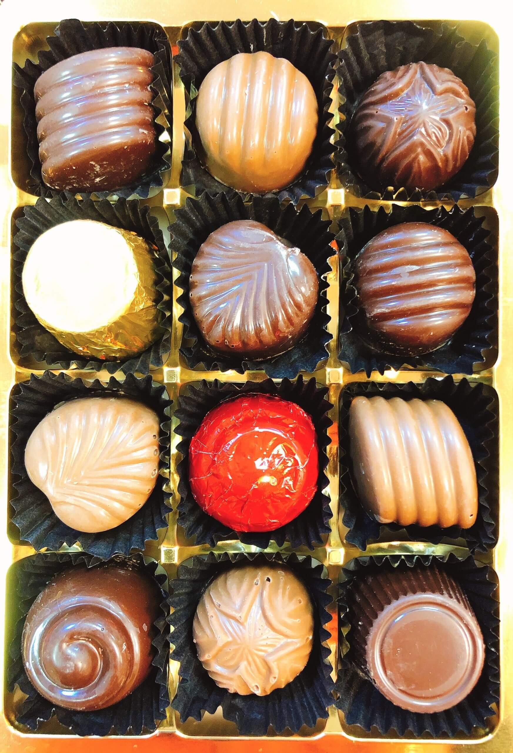 Moments Duo 12 Chocolates - Wilde Irish Chocolates